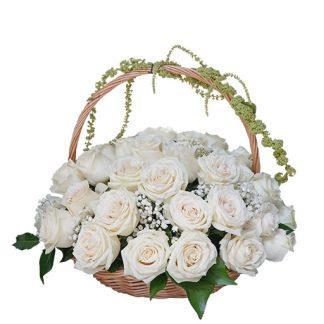 Korpa od 51 bele ruže